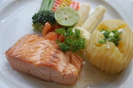 Consuma Salmon y baje el Colesterol