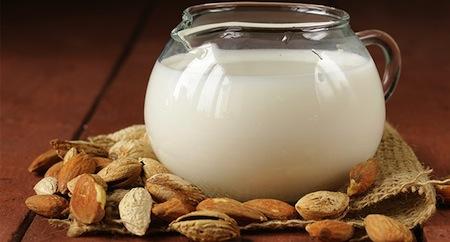 La leche de almendras y sus beneficios